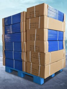 Warehouse Products Plastic Tray 1200*1200*140mm HDPE Flat Heavy Duty Dynamic 1.5t Plastic Pallet with 4 Steel pictures & photos