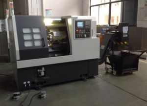 CNC Automatic Lathe Machine Ck38t for Metal Cutting pictures & photos