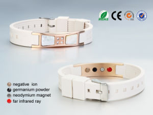 Elegant Design Negative Ion Bracelet with Shell (CP-JS-NW-021) pictures & photos