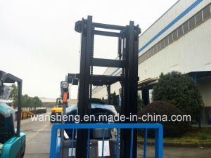 Lateset Model Blue Coating 3 Ton Hydraulic Diesel Forklift Truck / 3 Ton Forklift pictures & photos