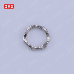 Fashion Buckle Alloy Buckle Garment Accessories pictures & photos