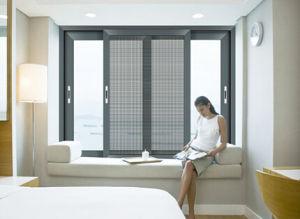 Double Glazing Aluminum Sliding Window with Grill