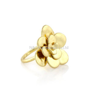 Flower Rings Wholesale Fashion Gold Plated Women Ring Alloy Rings for Jewelry pictures & photos