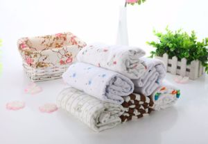 100% Cotton Muslin Swaddle Blanket; 120X120cm pictures & photos