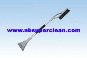 Multi Car Snow Brush with Ice Scraper, Rubber Ice Scraper Snow Brush(Cn2250 pictures & photos