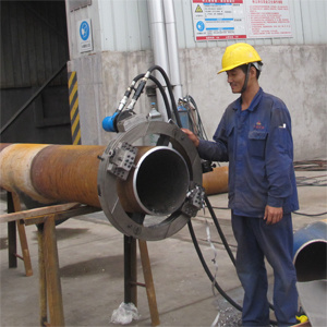 Air Operate Pipe Cutting Machine pictures & photos