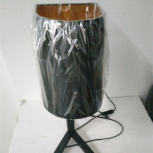 Modern Hotel Decorative Powder Black Bedside Tripod Table Lamp pictures & photos