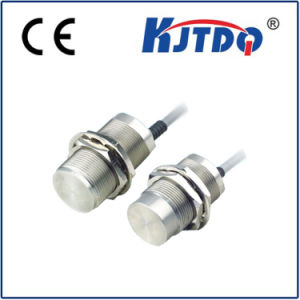 Factory Price Customized M30 Proximity Sensor with Complete Metal Housing pictures & photos