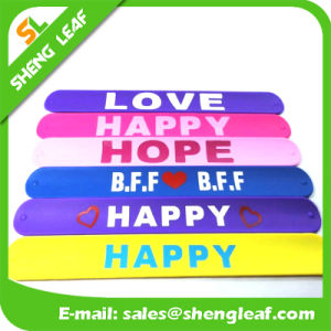Fashion Promotional Eco-Friendly Custom Silicone Slap Wristband pictures & photos