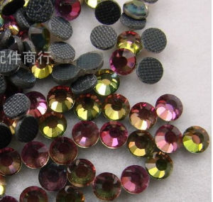 Rainbow DMC Hot Fix Rhinestones pictures & photos