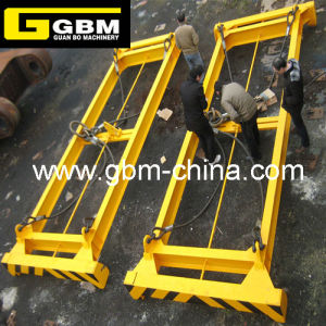 Simple Mechanism Semi-Automatic Container Spreader pictures & photos