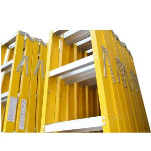 A Frame Double Side Folding Household Fiberglass Step Ladder pictures & photos