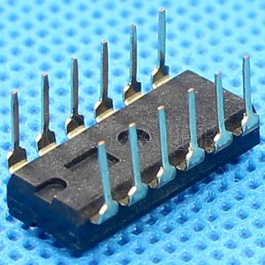 Black Color IC Type DIP Switch with 2~12 Positions pictures & photos