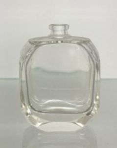 Crystal Bottle for Perfume pictures & photos