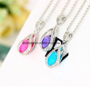 Aroma Diffuser Decorative Fashion Necklace (AL-06) pictures & photos