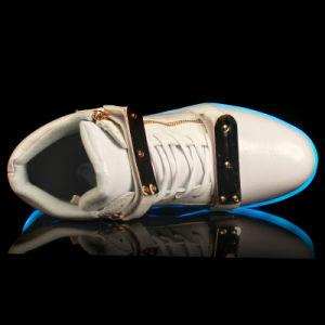 Hot Style High Top Sheetmetal USB Charging Men Women Shoes Colorful Luminous Fluorescence LED Shoes Men Women PU Zipper Shoes pictures & photos