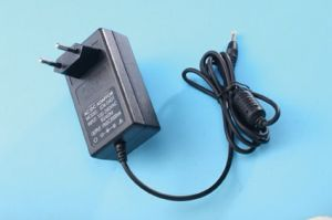 12V 2A Security Monitoring Power Supply with Europe Plug pictures & photos