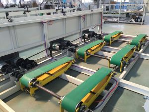 Automatic Small Toilet Tissue Roll Making Machine pictures & photos