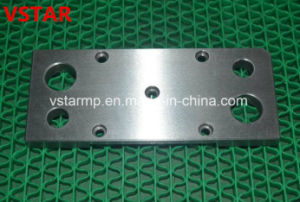 Customized Fittings Steel High Precison CNC Machined Spare Part pictures & photos