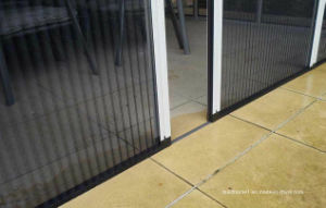 Max Opening Pleated Retractable Insect Screens for Doors pictures & photos