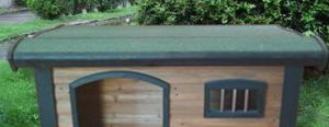 Small Wooden Dog Kennels for Sale pictures & photos