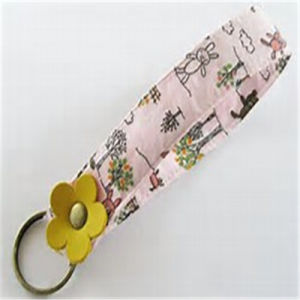 Hot Sale OEM Customized Fabric Key Chain pictures & photos
