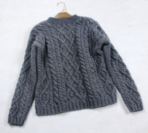Custom Classic New Design Style Hand Knit Sweater Cardigan Pullover pictures & photos