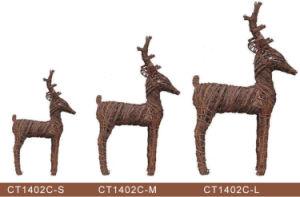 Four Size Deer Rattan Christmas Decoration pictures & photos