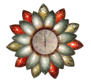 Flower Iron Decoration Wall Clock Antique Finish pictures & photos