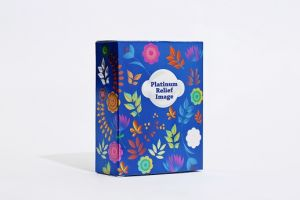 Corrugated OEM Custom Printed Folding Essence Cosmetic Paper Box pictures & photos