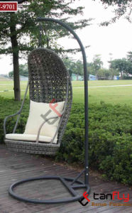 Hot Sale PE Wicker Rattan Hanging Swing Chair pictures & photos