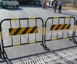 Powder Coating Temporary Fence Crowed Control Barricades, Traffic Barrier pictures & photos