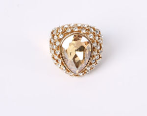 Fashion Jewelry Ring with Cat Eye and Rhinestones Stones pictures & photos