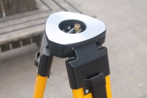 Wooden Survey Tripod for Total Station (LJW10T) pictures & photos