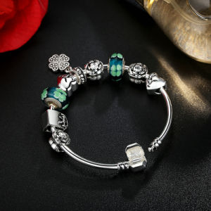 Antique Heart Pendant & Green Flower Beads Love Bracelets & Bangles for Women Jewelry pictures & photos