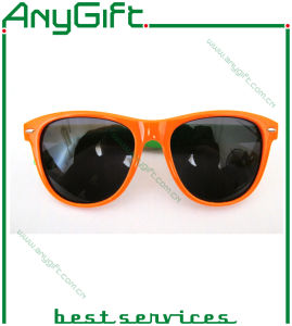 Promotional Fashion PC Frame Plastic Sunglasses pictures & photos