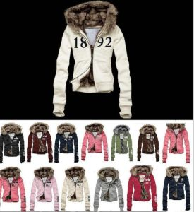 Women Outdoor Jacket / Winter Coat Big Fur Collar pictures & photos