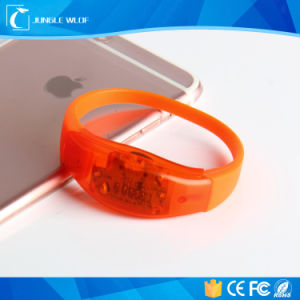 China Supplier Plastic Blinking LED Bracelet pictures & photos