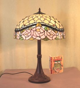 china tiffany lampara table series a2 china tiffany lamp stained. Black Bedroom Furniture Sets. Home Design Ideas