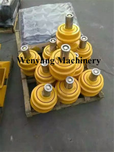 Shantui Bulldozer Spare Parts Dozer Undercarriage Parts Carrier Roller pictures & photos