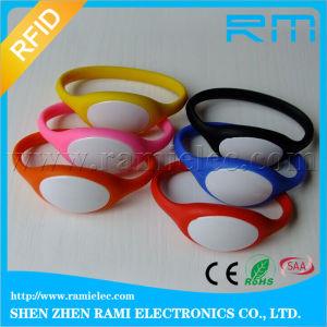 125kHz Flexible Silicone Wristband for Gym Custom Logo pictures & photos