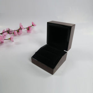 High Glossy Lacquer jewelry Boxes with Your Logo Wholesale pictures & photos