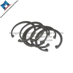 DIN472 Carbon Steel Circlip for Bore China Manufacturer pictures & photos