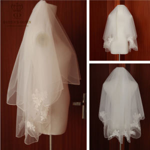 2015 Hot New Bride Short Paragraph Lace Veil pictures & photos