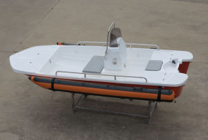 Aqulaland 13feet Fiberglass Motor Boat/Fishing Boat/Bass Boat/Rib Boat/Rescue (130) pictures & photos