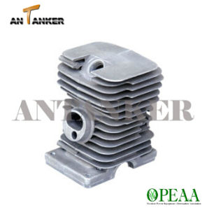 Chain Saw Parts Cylinder Head for Motor Parts pictures & photos
