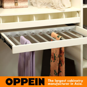 Oppein Modern Cream Matte Lacquer Walk in Closet Wardrobe (YG91519) pictures & photos