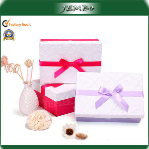 Colorful Promotion Stock Paper Gift Box with Bowknot pictures & photos