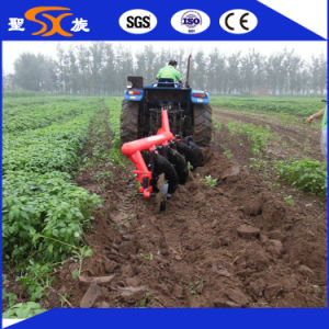 Heavy -Duty Farm/Agricultural Disc Plough with 4 Discs pictures & photos