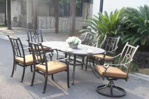 Hot Sale Cast Aluminum Dining Set Patio Furniture pictures & photos